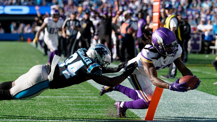 Panthers fall to Vikings in overtime, 34-28
