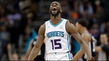 Walker powers Hornets past Spurs 125-116 in overtime