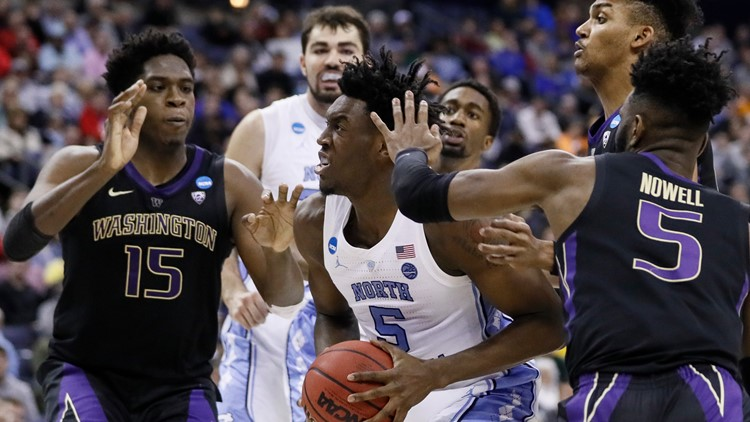 North Carolina returns to Sweet 16, beats Washington 81-59