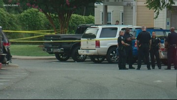 Person stabbed in fight outside southeast Charlotte apartment