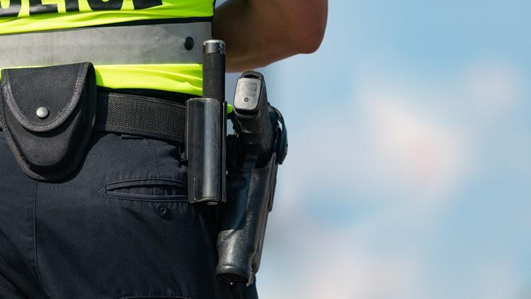 Gun or Taser? Officers explain their training techniques