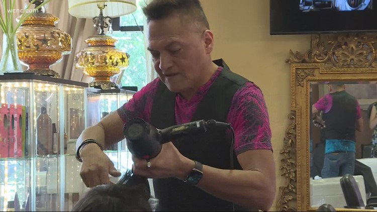 Charlotte salon owner partners with officials to encourage customers to gett vaccinated
