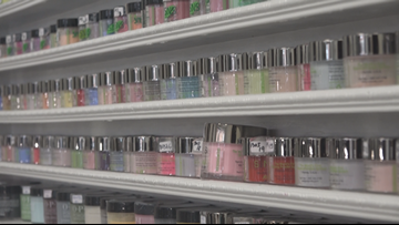 Does Your Nail Salon Use Dipping Powder? Here's How To Make Sure They're Using It Safely