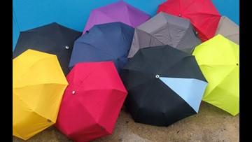 This reversible smart umbrella deal is trending today