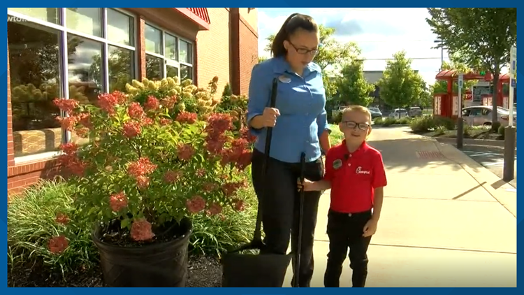 5-year-old works at Chick-fil-A for the day