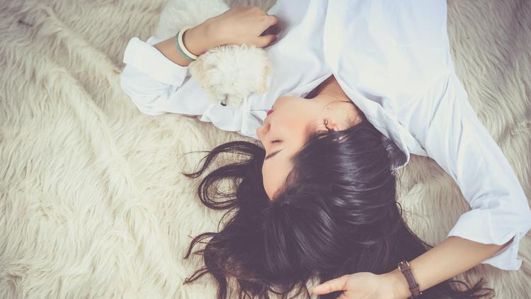 Get paid $1,500 to be a professional napper