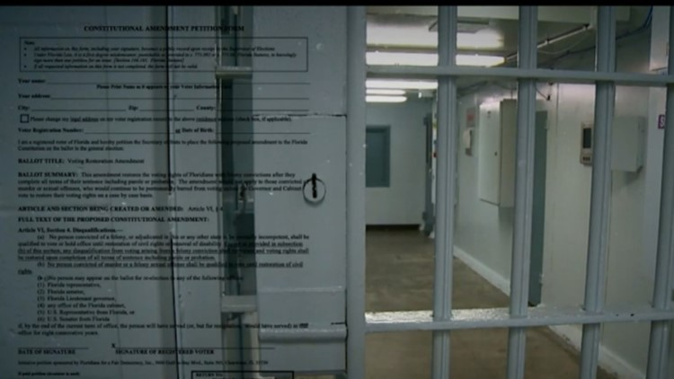 Constitutional Amendment 4 passes, restoring voting rights to former felons