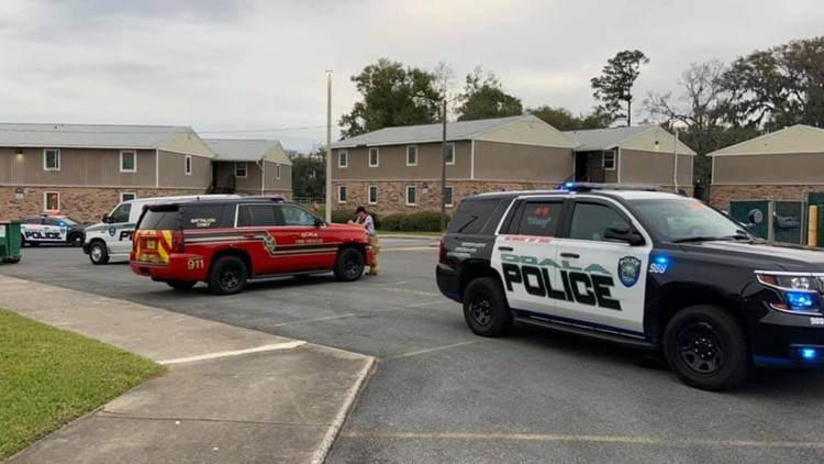 Police: Florida boy, 9, stabs younger sister with knife